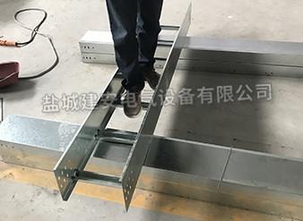 江苏梯式铝合金桥架